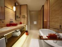 courtyard-room-bathroom